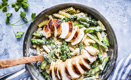 金沙电子Chicken Asparagus Pasta Recipe