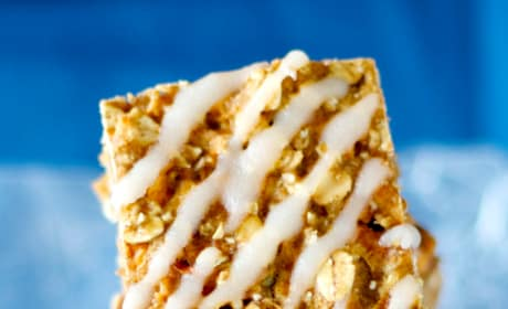 Apple Oatmeal Squares Image