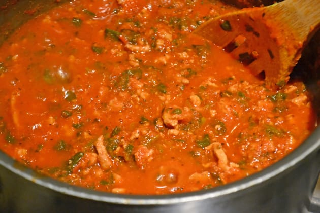 Easy Bolognese Sauce with Spinach Pic