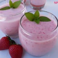 Strawberry Smoothie (Sinh Tố Dâu)