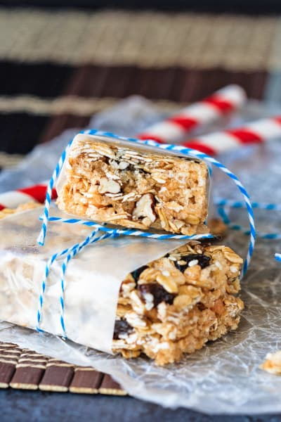 Oatmeal Raisin No Bake Granola Bars Picture