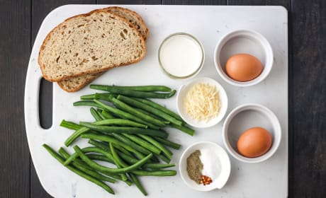 Baked Eggs and Green Beans Pic