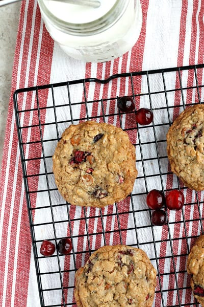 Cinnamon Chip Cranberry Oatmeal Cookies Picture