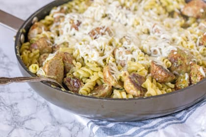 Pesto Pasta with Meatballs