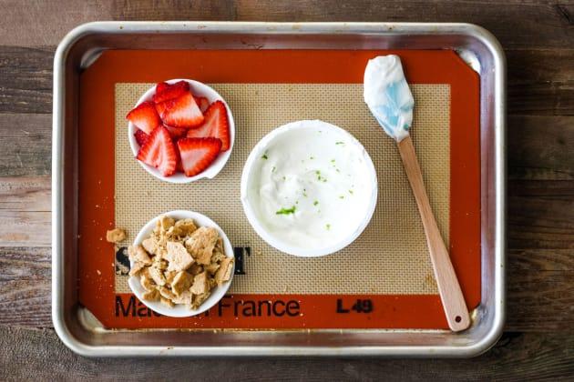 Strawberry Lime Yogurt Bark Pic