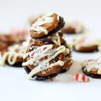 Williams-Sonoma Peppermint Bark Pretzels Recipe