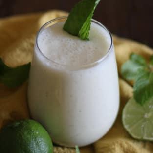 Mojito smoothie photo
