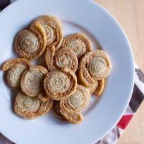 蒜黄油酥饼小齿轮食谱