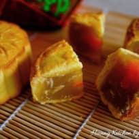 Homemade Shanghai Mooncakes