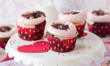 Chocolate Strawberry Cheesecake Cupcakes Recipe