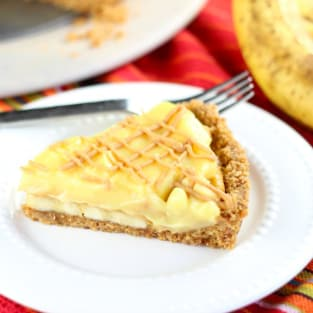 Peanut butter banana pudding tart photo