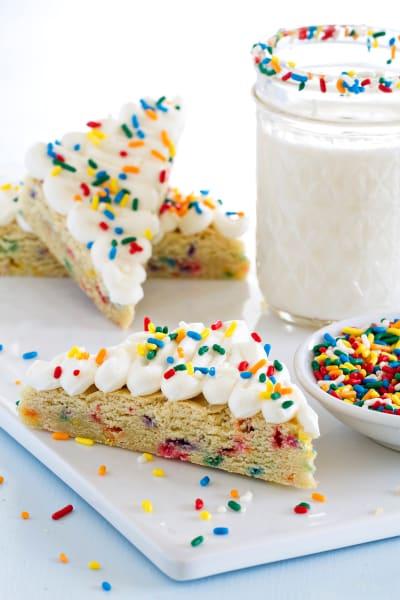 Funfetti Sugar Cookie Bars Picture