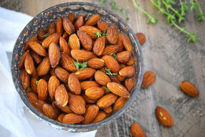 Fried Almonds with Thyme