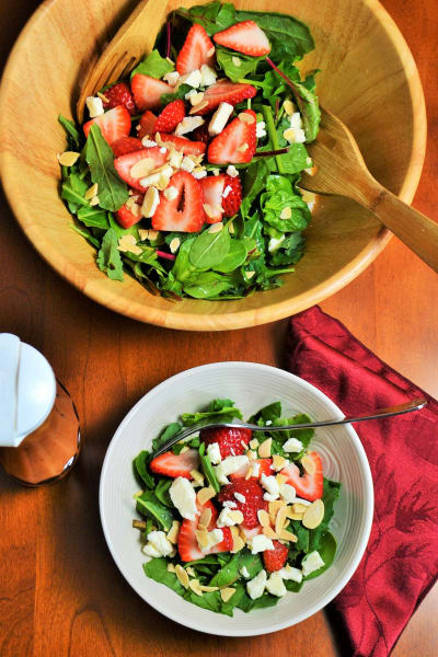 Strawberry Spinach Salad Picture