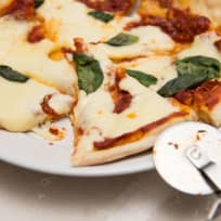 How to Make Pizza with Italian 00 Flour