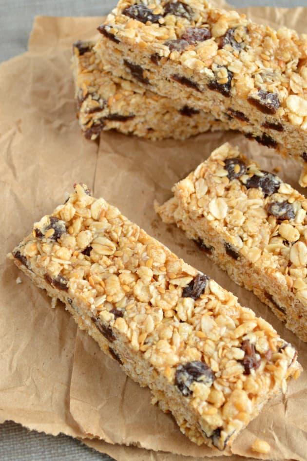 Oatmeal Raisin Cookie Granola Bars - Food Fanatic
