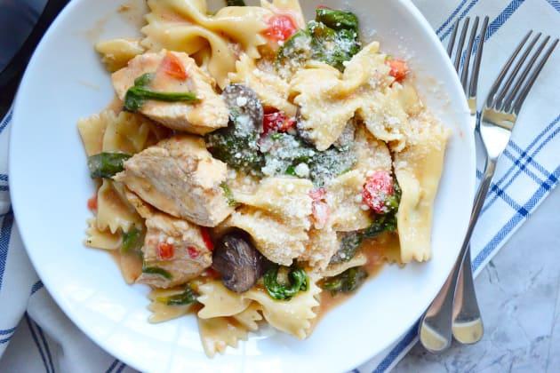 Instant Pot Chicken Florentine Pasta Photo