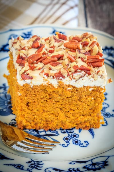 Pumpkin Snack Cake with Cream Cheese Frosting Pic