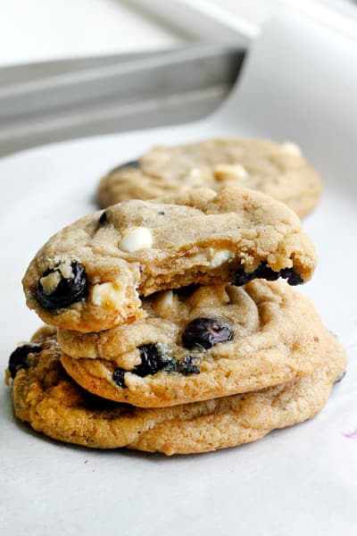 Blueberry and Cream Cookies Image
