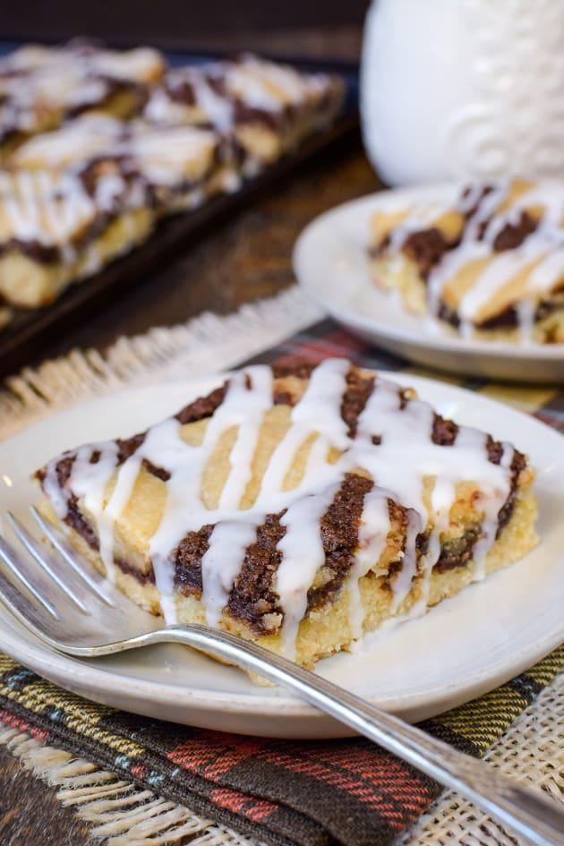 Banana Nutella Snack Cake Image