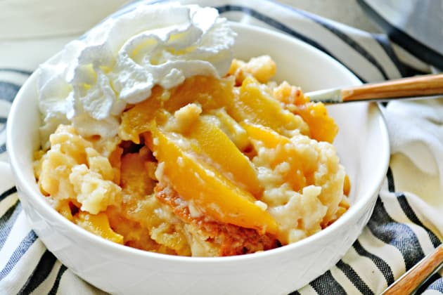 Slow Cooker Peach Cobbler Photo