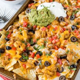Sheet pan chicken nachos photo