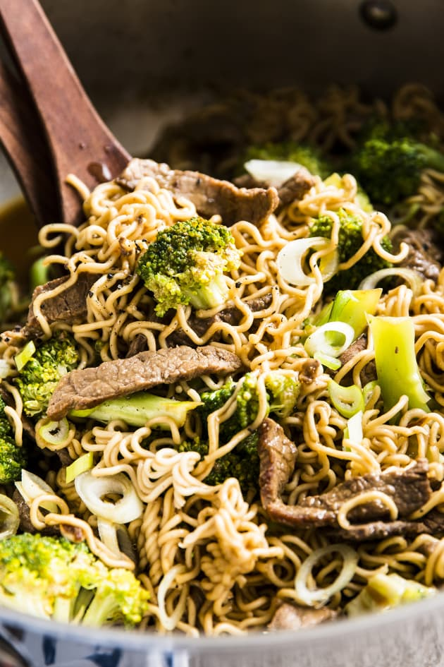 30 Minute Beef and Broccoli Ramen Picture