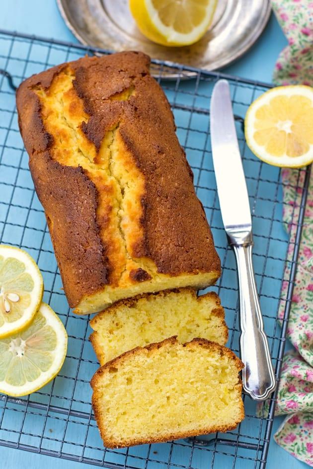 Lemon Pound Cake Picture