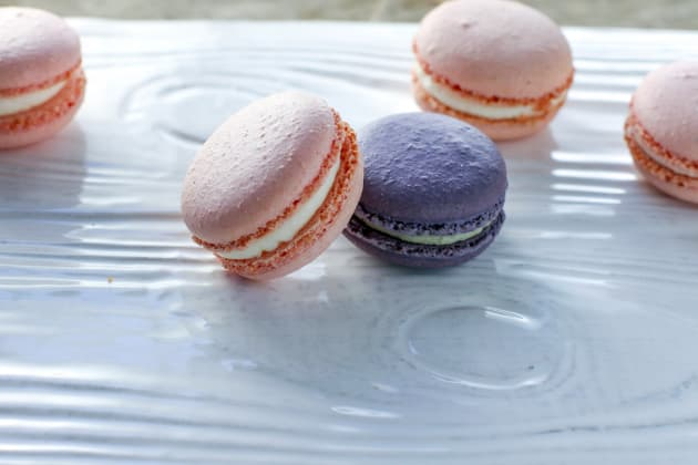 Rose & Lavender Macarons Pic