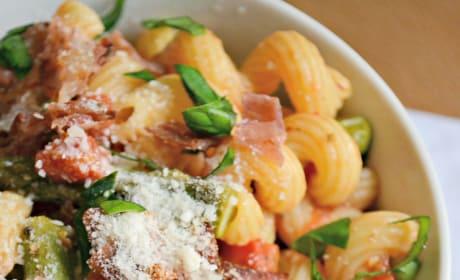Asparagus Prosciutto Pasta Image