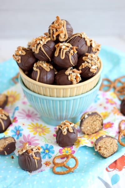 Peanut Butter Pretzel Truffles Image