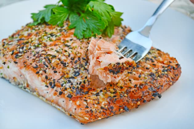 Roasted Salmon with Everything Bagel Spice Pic