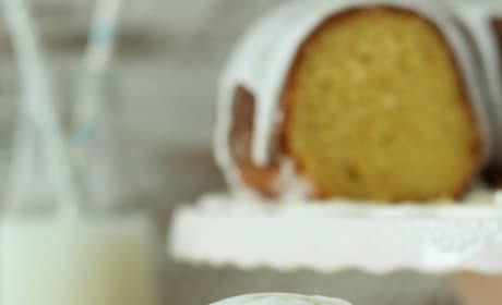 Easy Lemon Bundt Cake Picture
