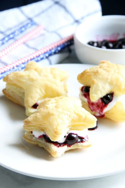 Blueberry Cream Puffs Pic