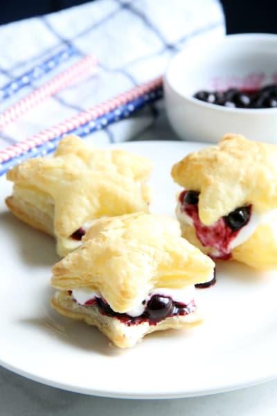 Blueberry Cream Puffs Pic