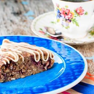 Banana oatmeal cake with berries photo