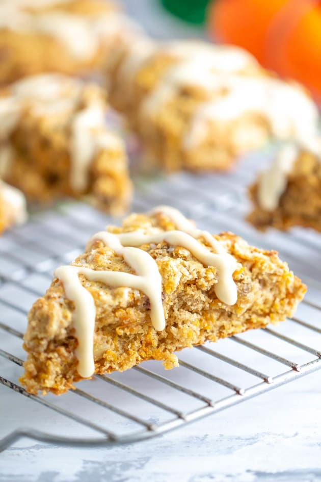 File 1 - Carrot Cake Scones