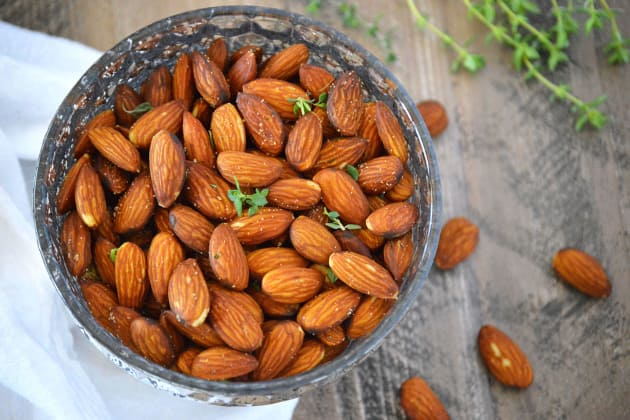 Fried Almonds with Thyme Photo
