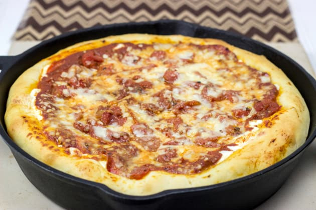 Cast Iron Deep Dish Pizza Image